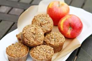 Heart-Healthy-Apple-Oat-Bran-Muffins